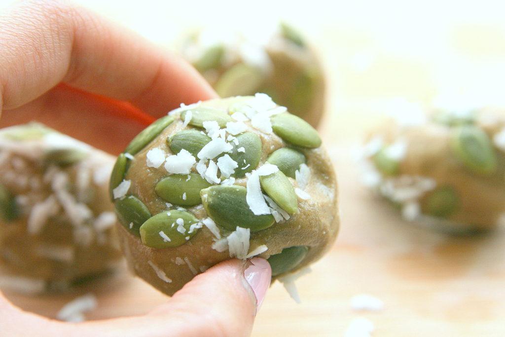 sunflowerproteinballs
