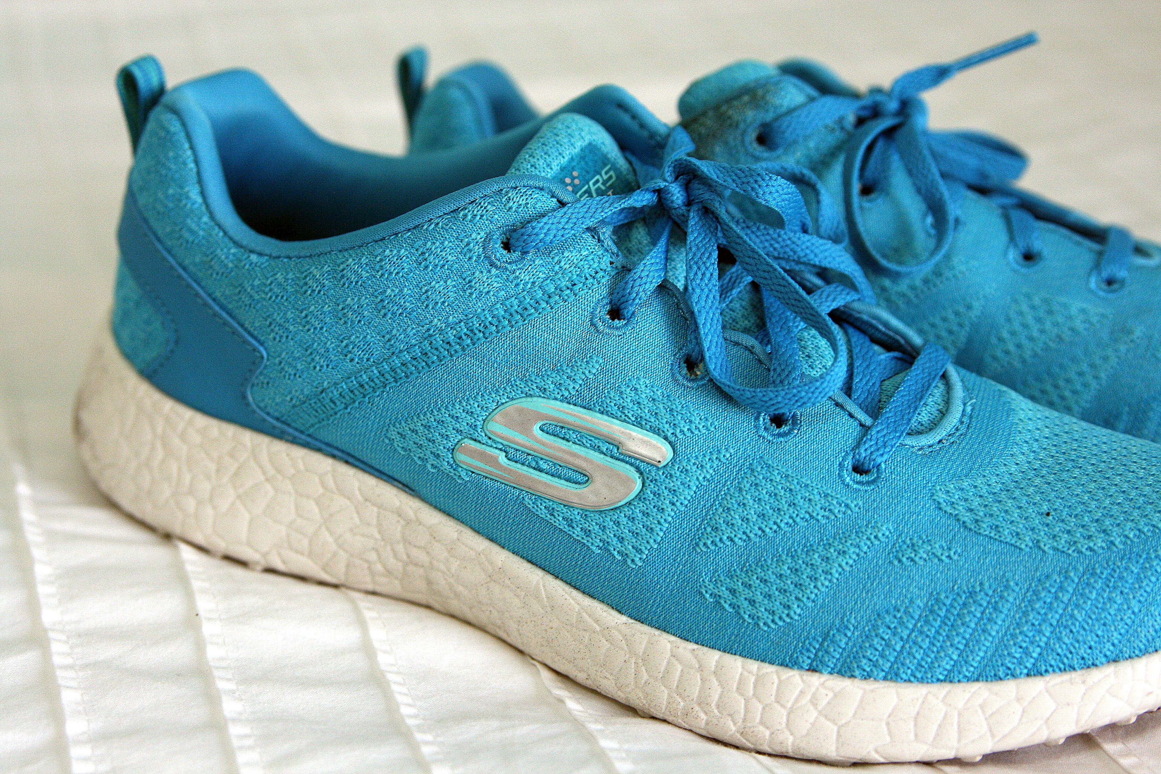 0749f3d94845 My Favorite Summer Workout- featuring Skechers Burst – The Full Life